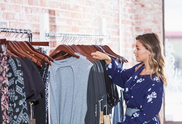 """Why """"Mindful Dressing"""" Will Save You Time, Money, and Peace of Mind"""