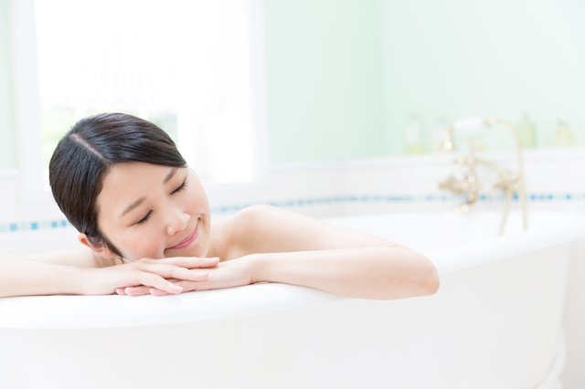 4 Ways to Treat Yourself at Home and Feel Rejuvenated