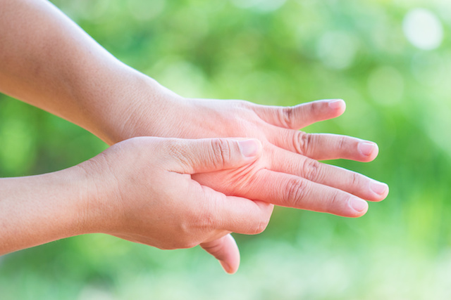 Waking Up With Numb Hands? Why? Help is Here