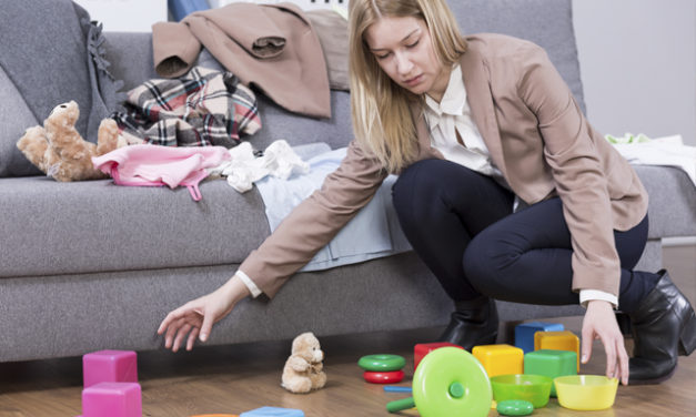 Mindful De-Cluttering: How To Reduce Stress From Mess